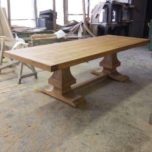 Изготовление стола в столярной мастерской