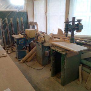 Оборудование в столярной мастерской