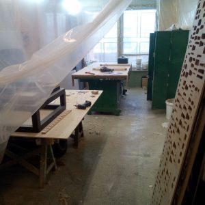 Рабочие места в столярной мастерской