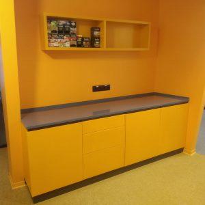 Кухонный гарнитур на заказ для офиса