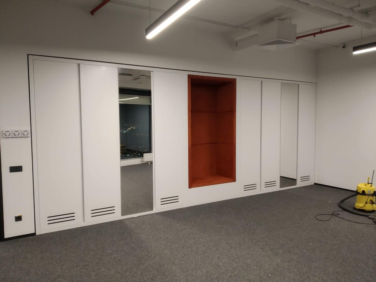 Встроенные шкафы с рабочей зоной
