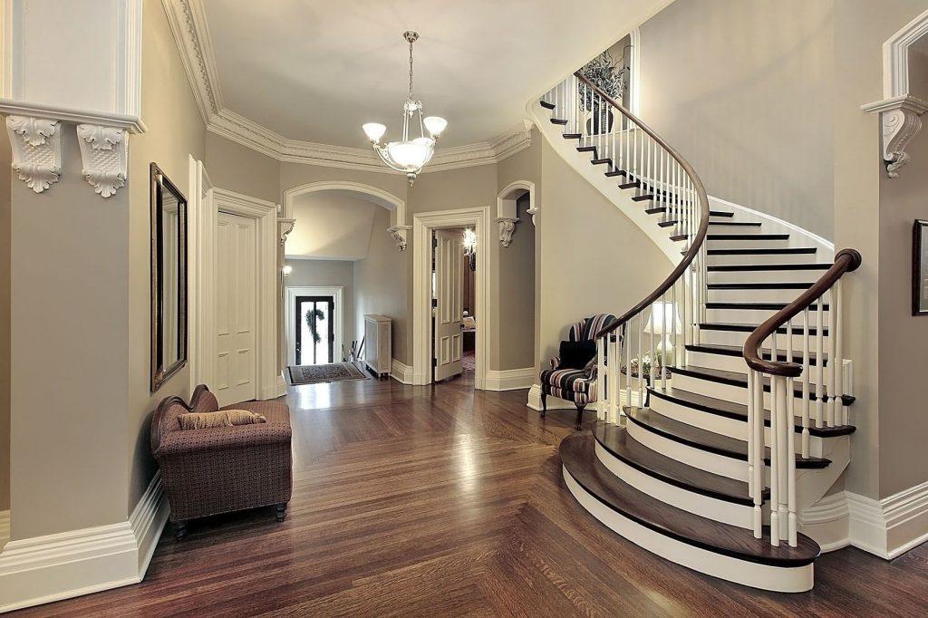 Заказать лестницу в дом на второй этаж в Екатеринбурге