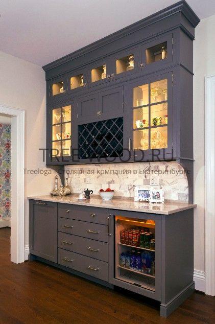 бар с винным шкафом изготовлен из кедра