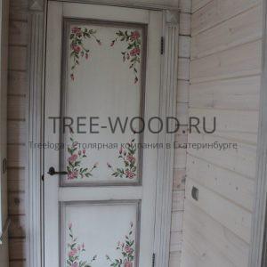 двери в стиле прованс с ручной росписью из сосны