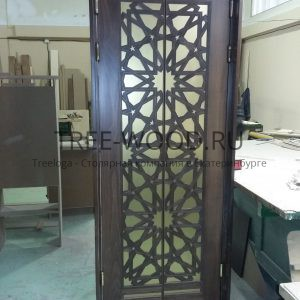 двери в восточном стиле 1200 деталей с филенкой покрытой сусальным золотом