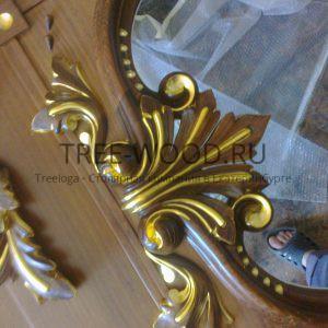 элемент двери с резьбой ручной работы с сусальным золотом